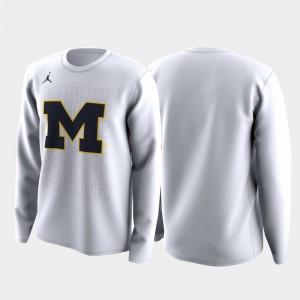 Michigan Men's T-Shirt White Alumni March Madness Legend Basketball Long Sleeve Family on Court 482593-885