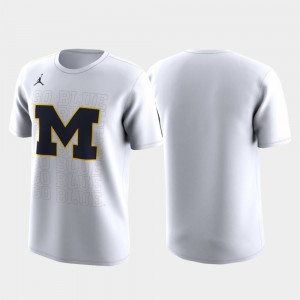 U of M For Men T-Shirt White March Madness Legend Basketball Performance Family on Court Alumni 150039-327