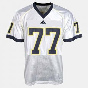 U of M #77 Men's Taylor Lewan Jersey White Stitch College Football 166607-440